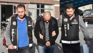 Konyadaki 3üncü Ana Jet Üs Komutanlığında FETÖ operasyonu: 21 gözaltı