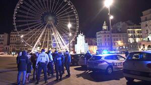 Fransa'da protestocu polisler taleplerini kabul ettirdi