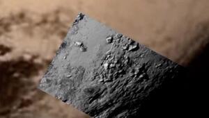 NASA, Plüton'un 'tarihi' fotoğrafını yayınladı