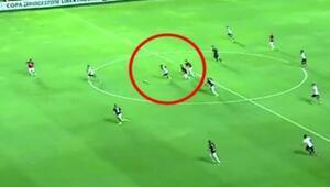 Corinthianslı Eliastan harika bir gol