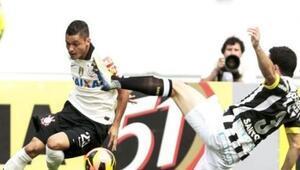 Corinthians 1-1 Santos