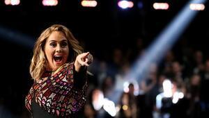 Adelein Ası, Beyoncénin Bsi: 2017 Grammy Ödül Töreninde devler konuştu