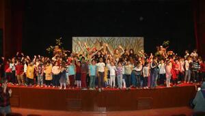Bosch Çevre Çocuk Tiyatrosu Adana'daydı