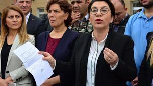 Manisada CHPlilerden mühürsüz oy pusulası eylemi