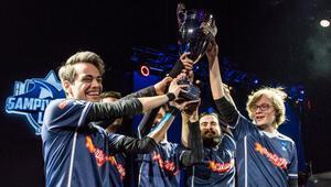 League of Legends 2017 Kış Mevsimi Şampiyonu SuperMassive oldu