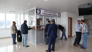 Arnavutköy Belediyesi vergi ödemesi için kuyrukta bekleme derdine son verdi