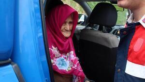 Ormanda kaybolan yaşlı kadın 2 gün sonra bulundu