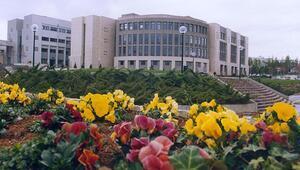 Bilkent Üniversitesi 2400 öğrencisini mezun etti