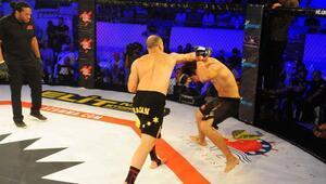 Kemerde MMA turnuvası