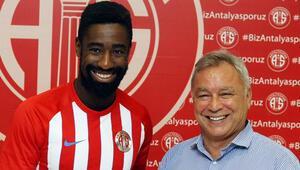 Antalyaspor Djourou ile imzaladı
