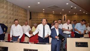 Manisada Büyükşehir Meclisinde tartışma