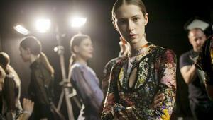 Londra Moda Haftası'nda iki Türk...