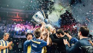 League of Legends 2017 Türkiye Finali'nde Şampiyon Fenerbahçe