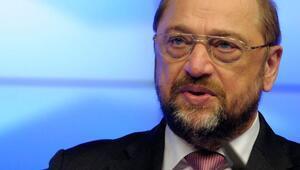 Türkiyenin seyahat uyarısı Schulzu kızdırdı...