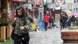 Bolu Dağında kar, ulaşımı zorlaştırdı (3)