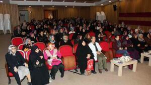 """Bağcılar Belediyesi """" Evliyiz ama aile miyiz"""" konulu seminer düzenledi"""