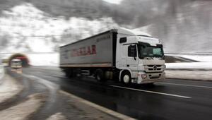 Bolu Dağında kar durdu, ulaşım rahatladı
