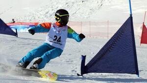 Yıldızda snowboard yarışları başladı
