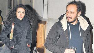 Kemal Sunalın kızı Ezo Sunal kiminle evlendi