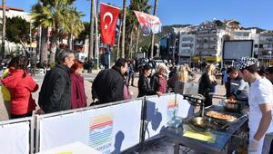 Marmariste Afrin şehitleri için lokma ikramı
