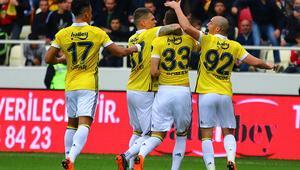 Fenerbahçe yarışa tutunmak için sahada İşte muhtemel 11...