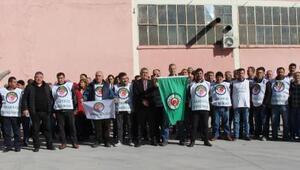 Şeker fabrikası işçileri eylem yaptı