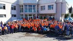 Konak'ta 786 taşeron işçi kadro için sınava girdi