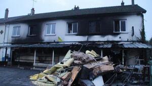 Fransa'da Türklere ait binada yangın çıktı