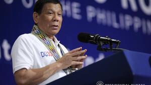 Duterte yine ağzını bozdu