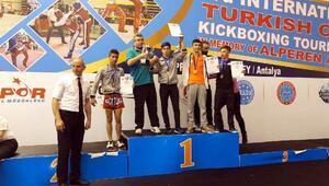 Haliliyeli Kick Boksculardan 4 altın madalya
