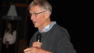 Nobel Ödüllü Tim Hunt, öğrencilerle buluştu
