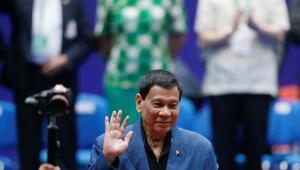 Duterteden uyuşturucu tacirlerine sert tehdit