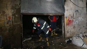 Adanada hurda deposunda yangın
