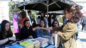 Kitabı ver, festivale katıl