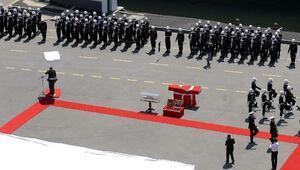 (Ek bilgi ve fotoğrafla yeniden) - Özden Örnek için Kuzey Deniz Saha Komutanlığında tören