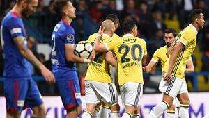 Fenerbahçe, Karabükte şov yaptı Şampiyonluk umudunu son haftaya taşıdı...