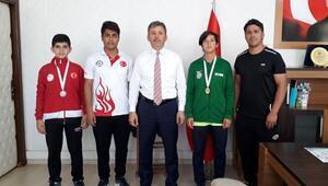 Osmaniyeli Milli Atletten dünya dördüncülüğü
