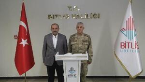 Jandarma Genel Komutanı Çetinden Bitlis Valiliğine ziyaret