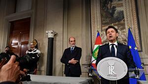 İtalyada kriz Hükümet kurma çalışmaları çöktü...