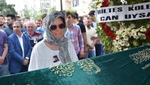 Şilede boğulan şarkıcı Onurcan Özcan son yolculuğuna uğurlandı (2)