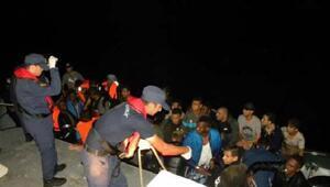 Ege Denizinde havadan görüntülenen kaçaklar yakalandı