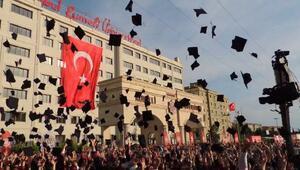 İstanbul Rumeli Üniversitesi ilk mezunlarını verdi
