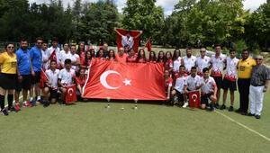 Türkiyeye hokeyde çifte şampiyonluk gurur