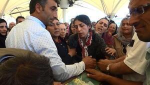 Kaza kurbanı ailenin cenazesi Ankarada toprağa verildi