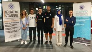 İAÜ öğrencileri Türkiye'yi uzaya taşıyor