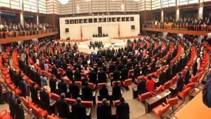 Mecliste 27nci dönem milletvekilleri yemin ediyor