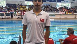 Yüzücü Baturalpten rekor üstüne rekor