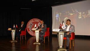 İYYÜ'de 'Karanlıktan Aydınlığa:15 Temmuz Direnci' Paneli yapıldı