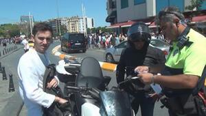 Motor sürücüsü ve yolcu para cezasına çarptırıldı
