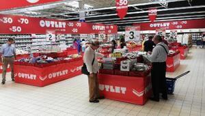 CarrefourSA hipermarketlerinde'outlet' dönemini başlatıyor
